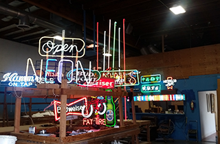 Neon Light Service | Mr. Neon Wholesale Neon | Sacramento, CA | (916) 205-2828
